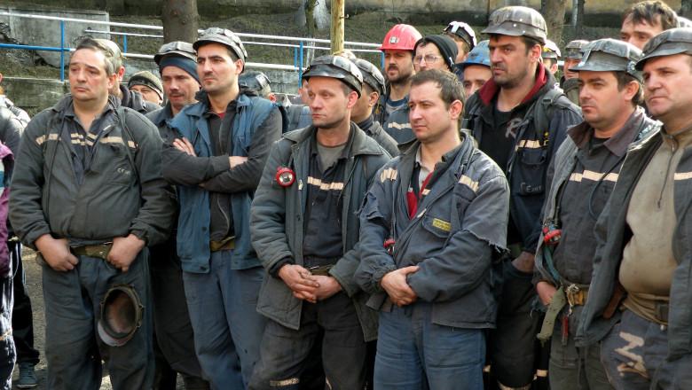Din Parlament la Valea Jiului: O delegație AUR a mers să discute cu minerii de la Lupeni