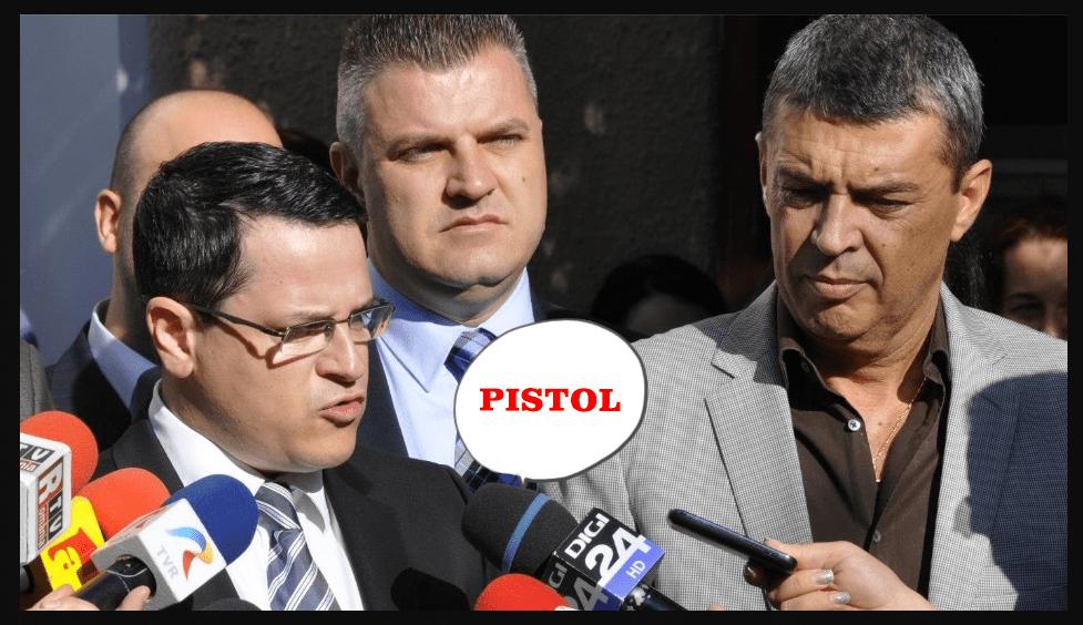 Pistol, baronul de Buftea terorizează localnicii cu ajutorul grupărilor interlope. Primarul se laudă cu sprijin de la șeful SRI