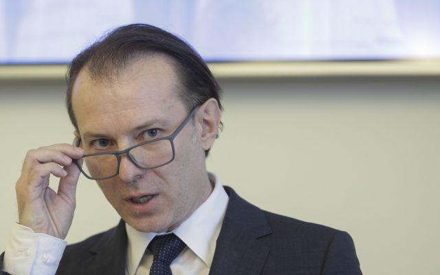 Florin Cîțu a refuzat să răspundă la întrebările jurnaliștilor în urma votării bugetului pe 2021 – ROPRES.RO