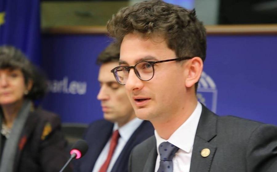 Fără Bulai în funcții publice! Își face muzeu privat la el în curte pe banii statului român