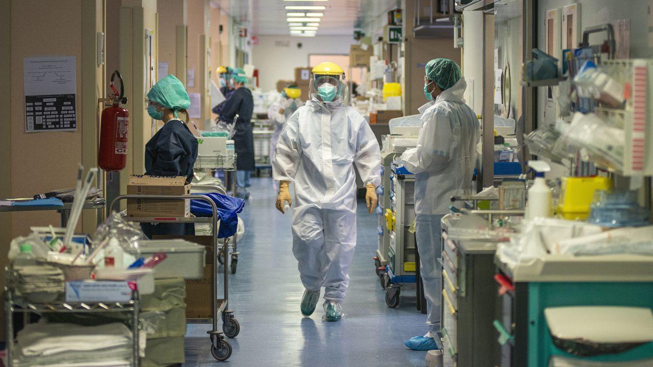 Peste 120 de cazuri noi de COVID-19 și 11 decese la Cluj, în ultimele 24 de ore