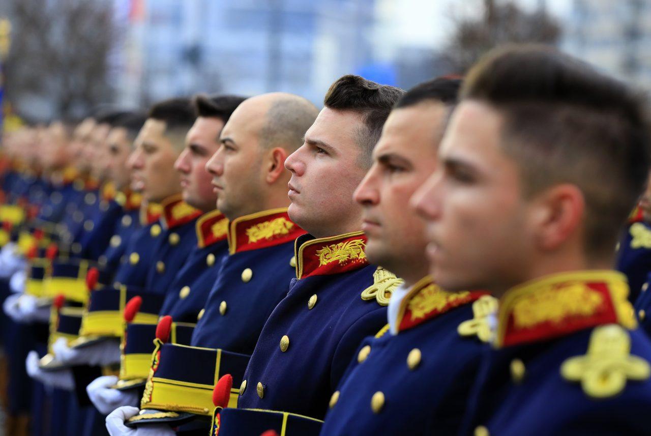 Ziua Independenței României: Ceremonii militare şi religioase în întreaga ţară