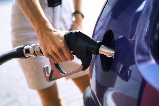 Benzina și motorina se vor scumpi cu până 10% în următoarea perioadă