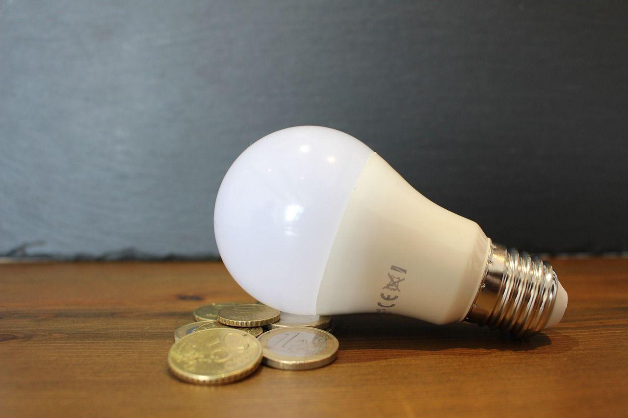 În Cluj vor CREȘTE facturile la energie electrică cu aproape 7% începând cu 1 iulie