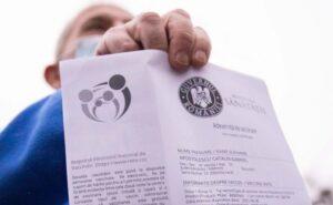 Românii, NERĂBDĂTORI să scape de COVID! Peste 70.000 de persoane vaccinate în 24 de ore