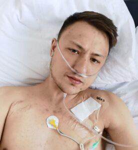 """Tânăr din Cluj, cu o boală incurabilă, cere ajutor: Am """"murit"""" de două ori, pulsul a ajuns la 250 bpm. Gândul mi-a fost doar la copil"""