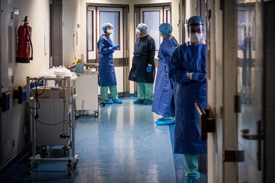 1.568 de cazuri de Covid în ultimele 24 de ore. 90 de îmbolnăviri la Cluj și un deces