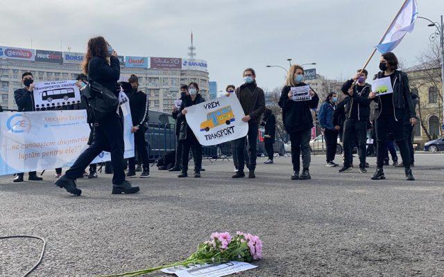 Asociațiile elevilor vor protesta în prima zi de școală, în Piața Victoriei