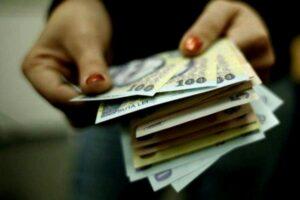 Angajatorii din Cluj plătesc CELE MAI MARI SALARII din țară, după Capitală. Peste un miliard de lei pe lună, pentru plata angajaților