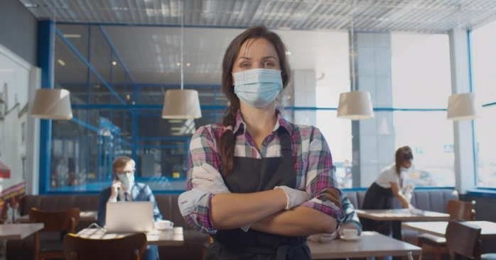 """Patronii din HoReCa Cluj REFUZĂ închiderea restaurantelor la 6 la mie: """"Aruncăm instrucțiunile pe geam"""""""