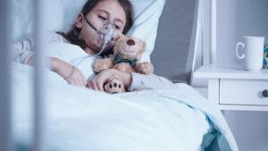 O fetiță de 13 ani, fără comorbidități, a murit din cauza infectării cu COVID-19